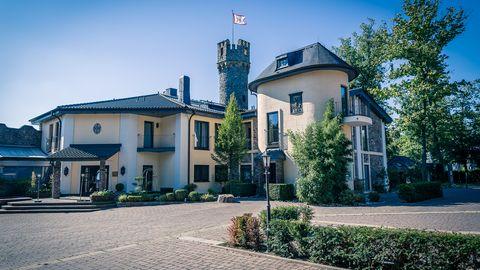Burg Schwarzenstein - Up to 200 persons